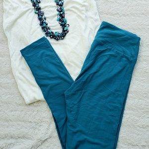 LuLaroe Solid Color Bluish Green OS Leggings NWT
